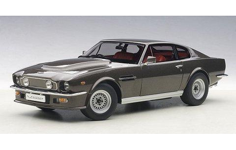 アストンマーチン V8 ヴァンテージ 1985 グレー (1/18 オートアート70221)