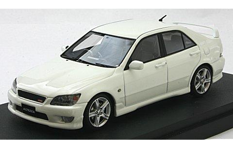 トヨタ アルテッツァ RS 200 スポーツバージョン スーパーホワイトII (1/43 マーク43 PM4343W)