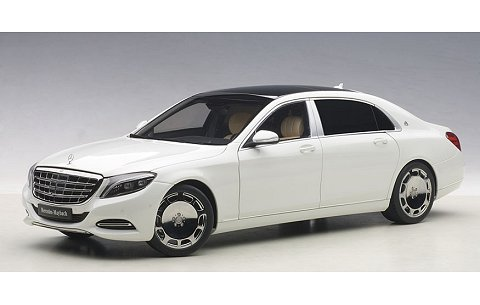 メルセデス マイバッハ S 600 ホワイト (1/18 オートアート76291)