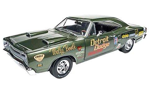 1969 ダッジ Super Bee (Wally Booth) ダークグリーン (1/18 アメリカンマッスルAW234)