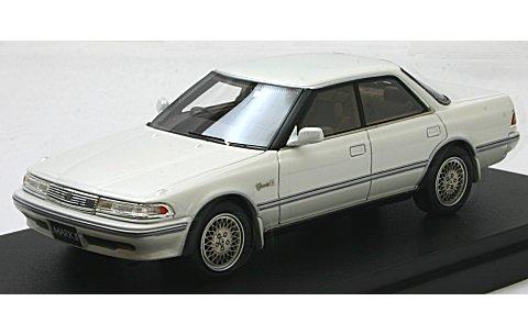 トヨタ マークII ハードトップ 3.0 グランデ G ホワイトパール (1/43 マーク43 PM4356GPW)